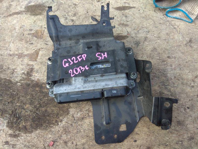 Блок управления efi Mazda Atenza GJ2FP SH