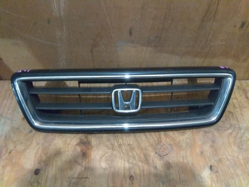 Решетка радиатора Honda Vigor CC2