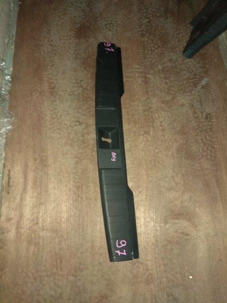 Накладка замка багажника Subaru Legacy BR9