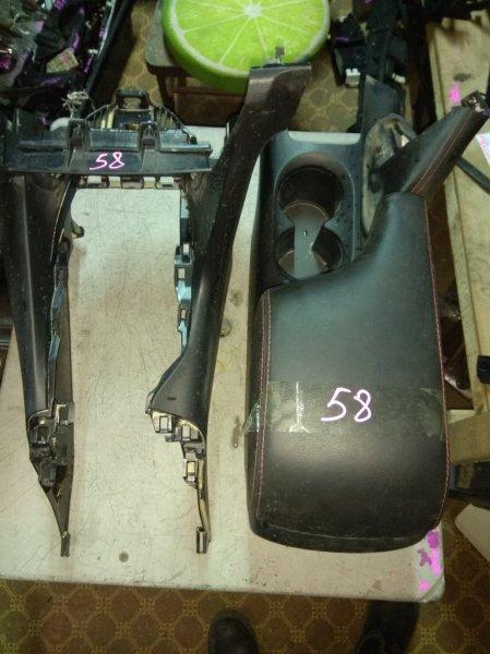 Бардачок между сиденьями Mazda Axela BM2FS