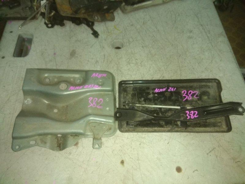 Крепление аккумулятора Toyota Allion ZRT261