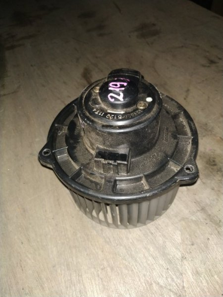 Мотор печки Toyota Celsior UCF20