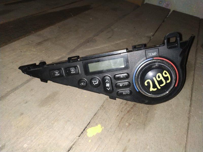 Блок управления климат-контролем Toyota Aqua NHP10