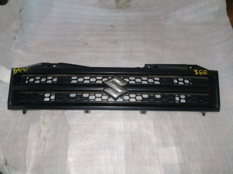 Решетка радиатора Suzuki Jimny JB23