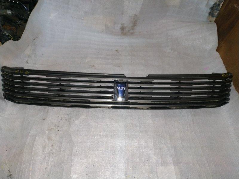 Решетка радиатора Toyota Voxy AZR65