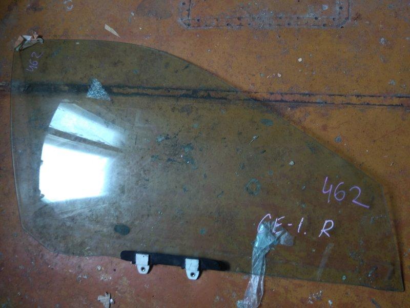 Стекло двери Honda Accord CE1 переднее правое