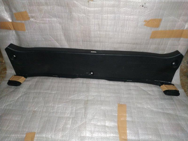 Накладка замка багажника Lexus Gs300 GRS191 задняя