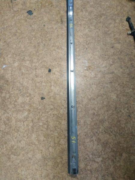 Полозья для сдвижной двери Nissan Caravan ARME24 задняя левая