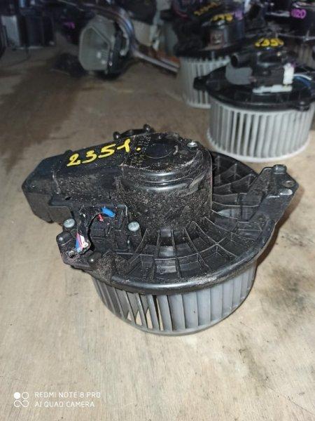 Мотор печки Toyota Auris NRE150