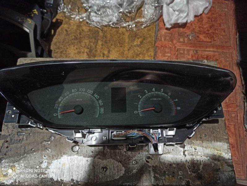 Панель приборов Toyota Ractis SCP100 2SZ-FE