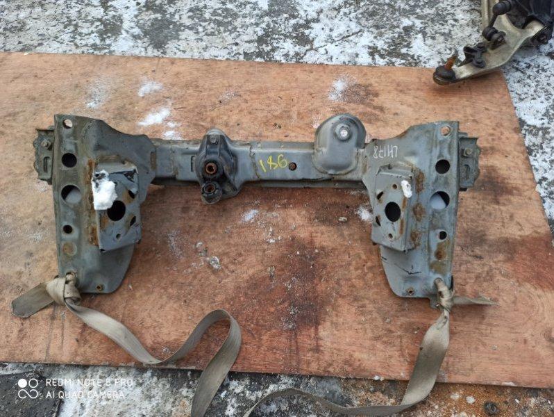 Балка под двс Toyota Hiace LH178 5L