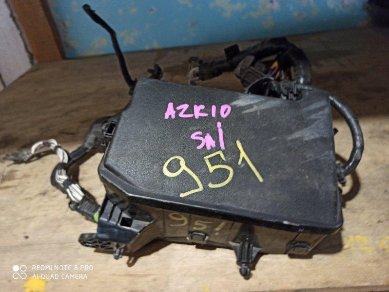 Блок предохранителей Toyota Sai AZK10 2AZ-FXE 2011