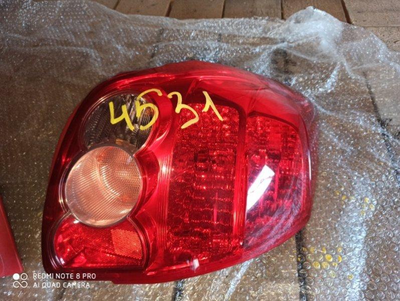 Стоп-сигнал Toyota Auris NZE151 задний правый