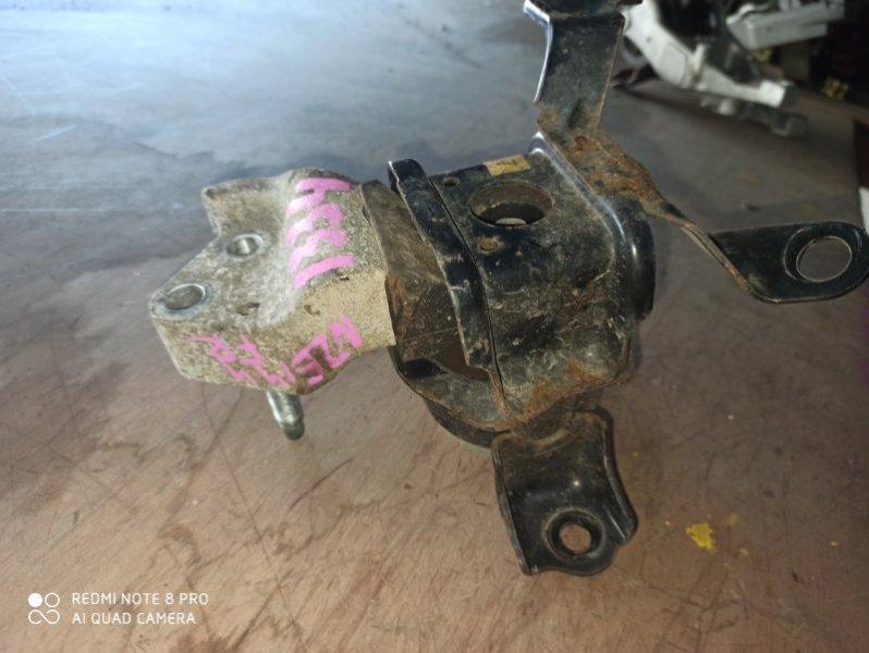 Подушка двигателя Toyota Auris NZE151 1NZ-FE передняя правая