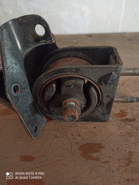 Подушка двигателя Suzuki Swift ZC71S M15A передняя левая