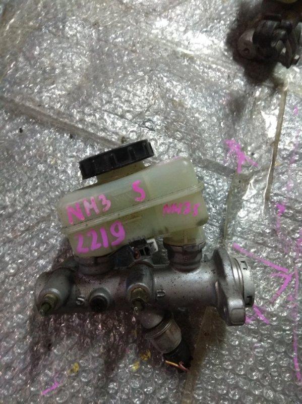 Главный тормозной цилиндр Nissan Stagea NM35 VQ25DET