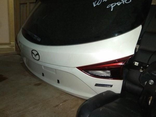 Вставка между стопов Mazda Axela BM2FS SH 2014 задняя правая