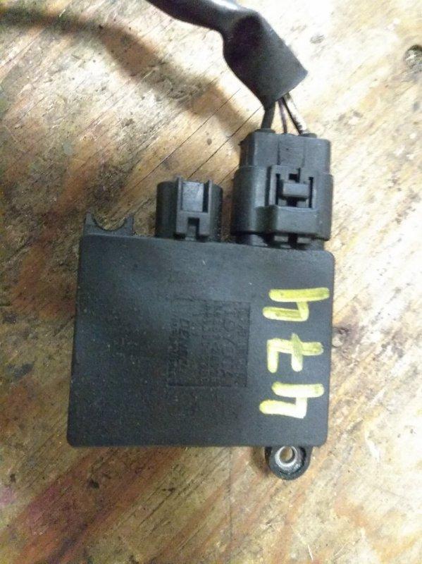Электронный блок Toyota Hiace KDH206 2KD