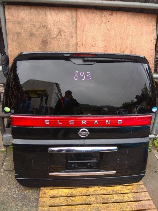 Дверь задняя Nissan Elgrand E51 задняя