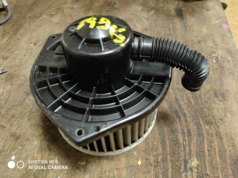 Мотор печки Nissan Stegea WGNC34 RB25DET