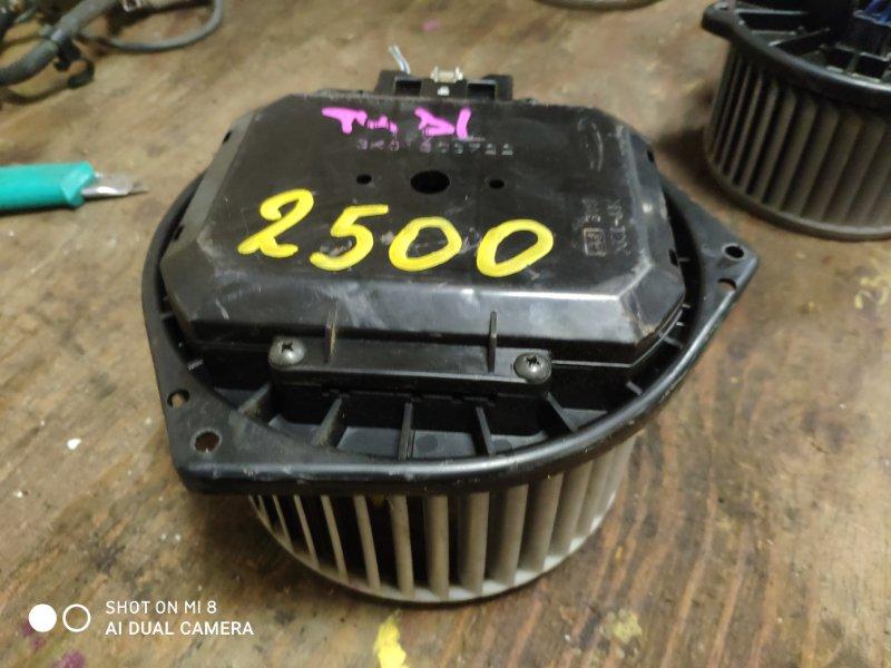 Мотор печки Nissan Presage PU31