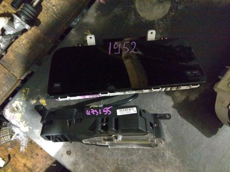 Панель приборов Toyota Crown Majesta UZS155