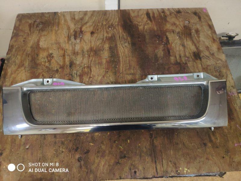 Решетка радиатора Suzuki Jimny JB23W K6A