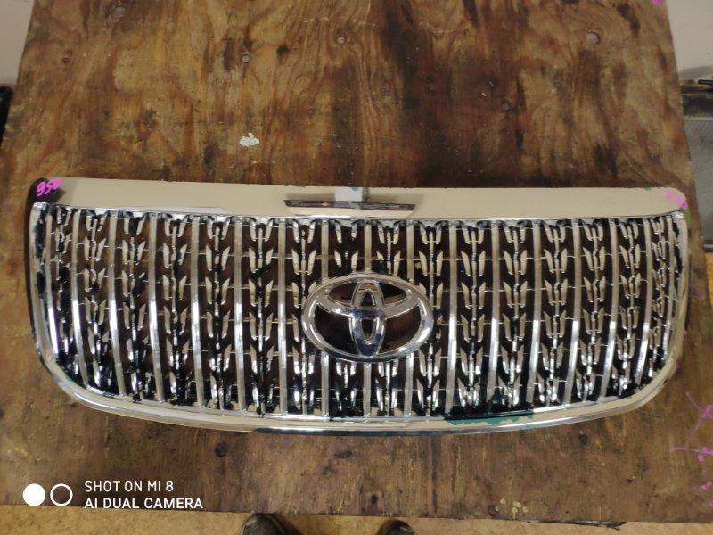 Решетка радиатора Toyota Crown Majesta UZS186 3UZ