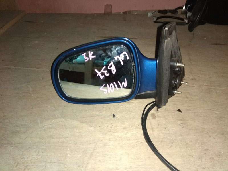 Зеркало Daihatsu Storia M100A левое