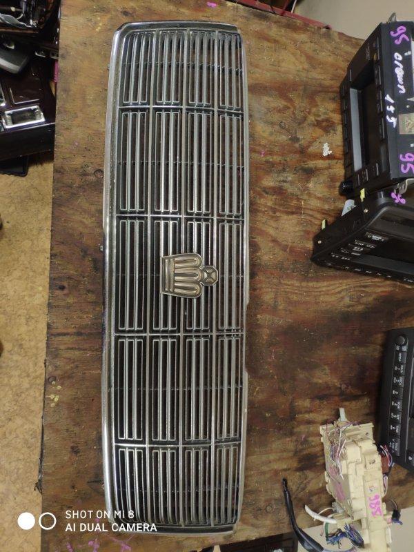 Решетка радиатора Toyota Crown JZS157