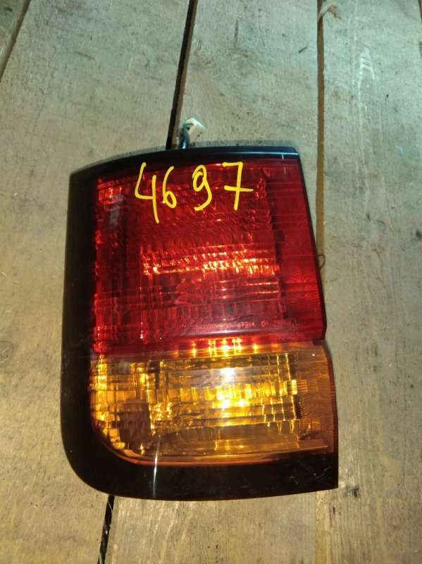 Стоп-сигнал Nissan Elgrand APE50 задний левый