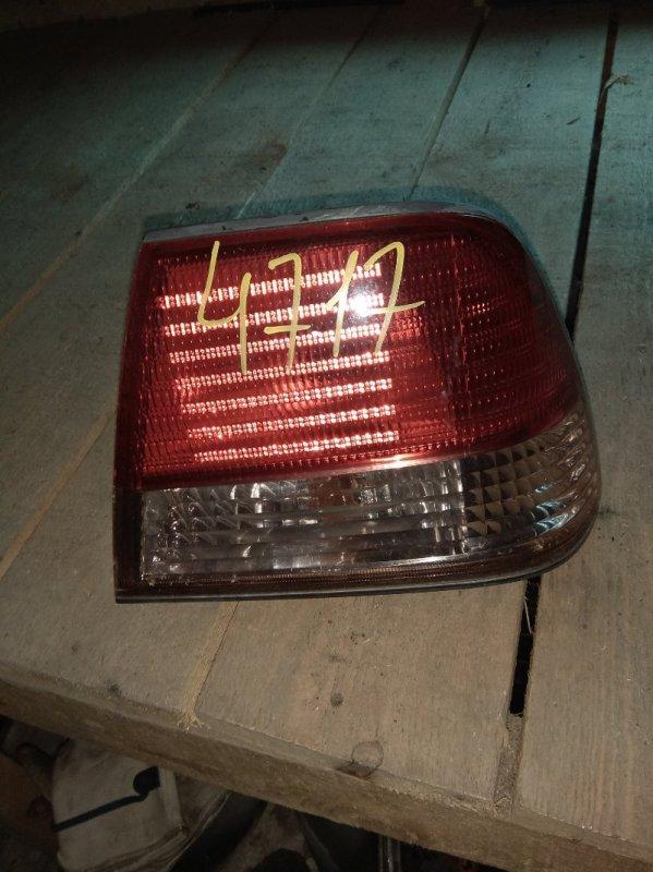 Стоп-сигнал Nissan Sunny B15 задний правый