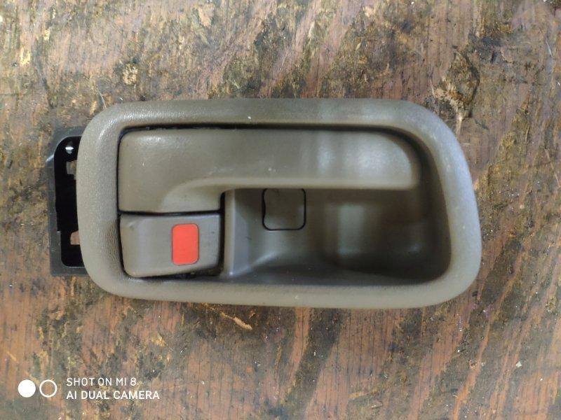 Ручка двери внутренняя Toyota Gaia SXM10 задняя правая