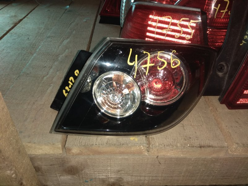 Стоп-сигнал Mazda Axela BKEP задний правый