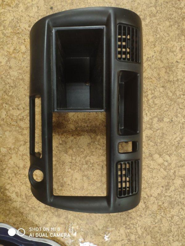 Консоль магнитофона Mazda Bongo SK82MN F8