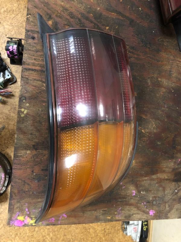 Стоп-сигнал Toyota Camry SV32 задний правый