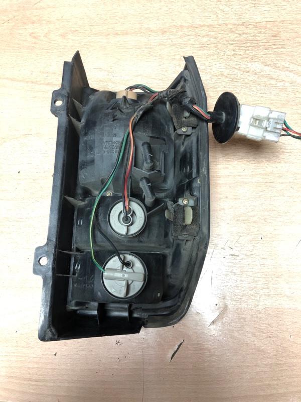 Стоп-сигнал Nissan Vanette SK22MN задний правый