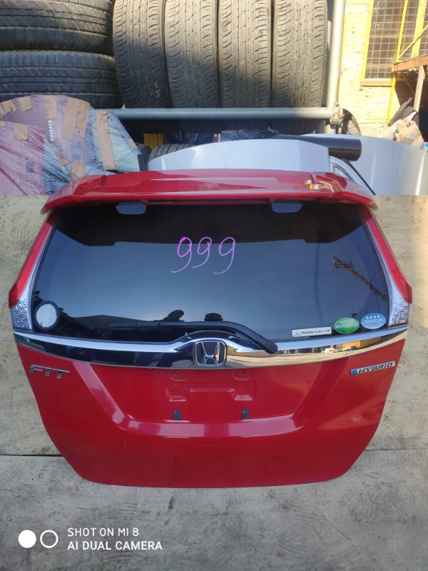 Дверь задняя Honda Fit GP5 LEB