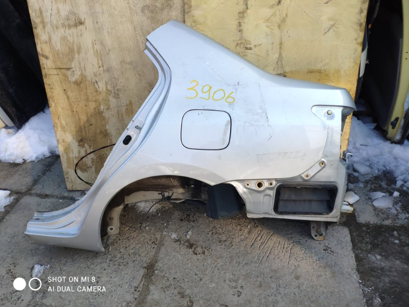 Крыло Toyota Belta SCP92 1KR заднее левое