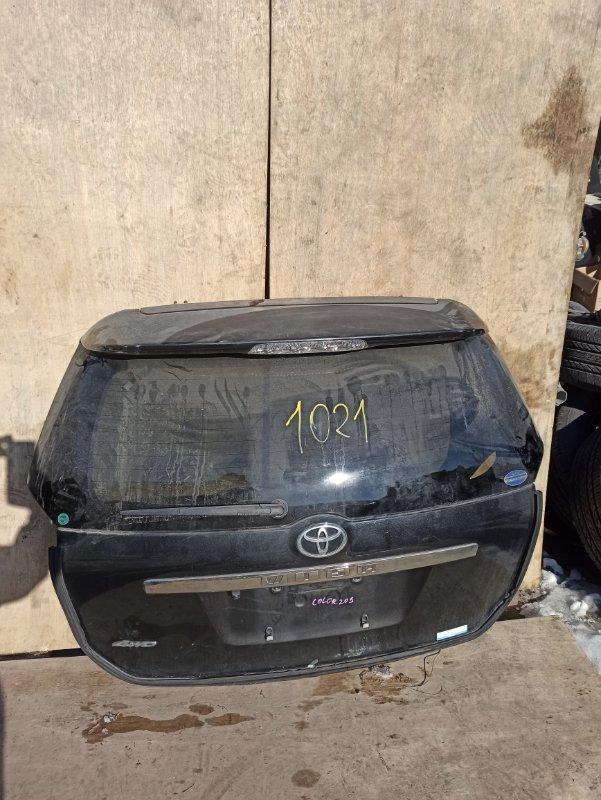 Дверь задняя Toyota Wish ZNE10 задняя