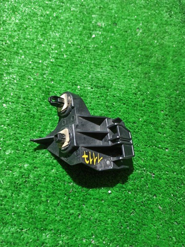 Крепеж бампера Honda Fit GP5 задний левый