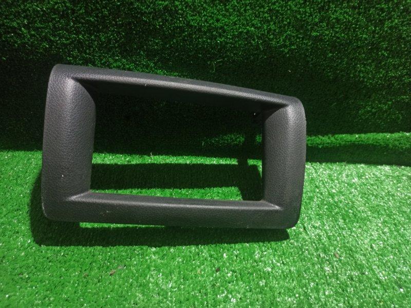 Консоль магнитофона Nissan Nv350 Caravan E26