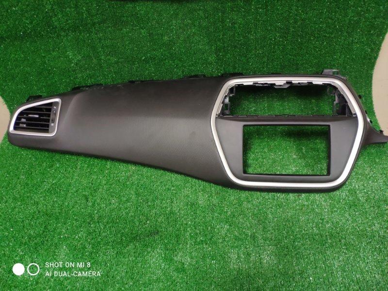 Консоль магнитофона Suzuki Sx4 YA22S M16A 2016