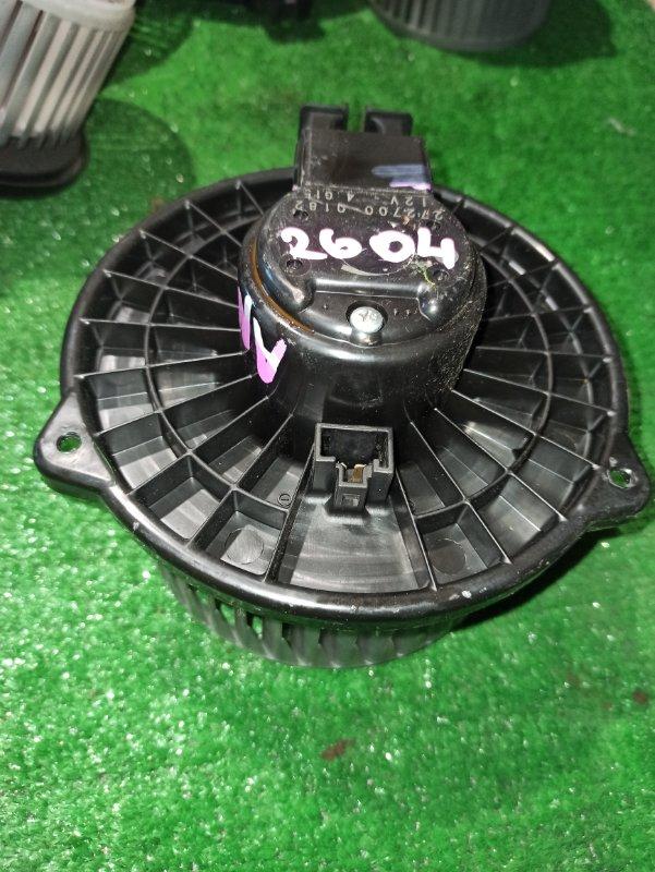 Мотор печки Toyota Isis ANM10