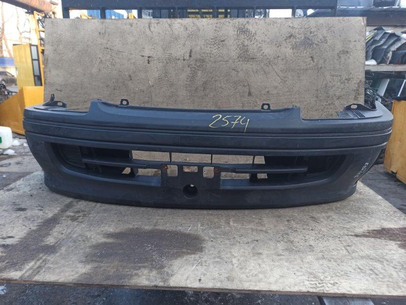 Бампер Toyota Hiace KZH116 передний