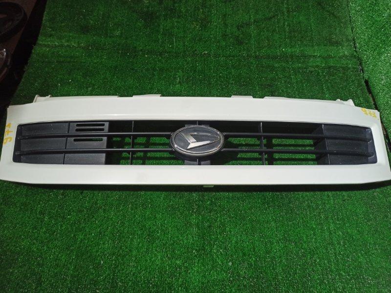 Решетка радиатора Daihatsu Hijet S210