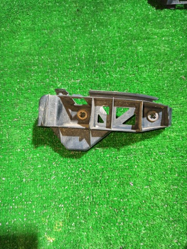 Крепеж бампера Toyota Raum NCZ20 задний правый
