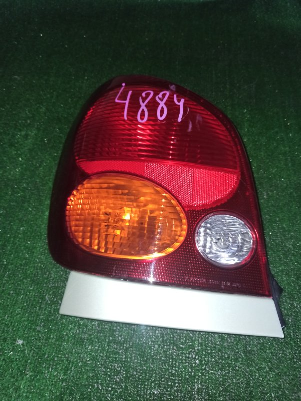 Стоп-сигнал Toyota Spacio AE111 задний левый