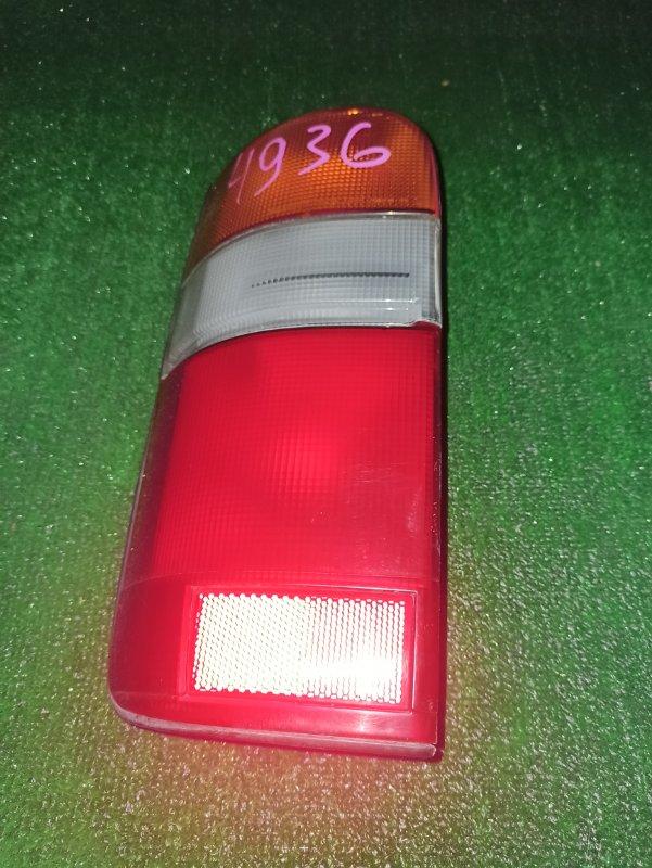 Стоп-сигнал Toyota Hiace TRH124 задний левый