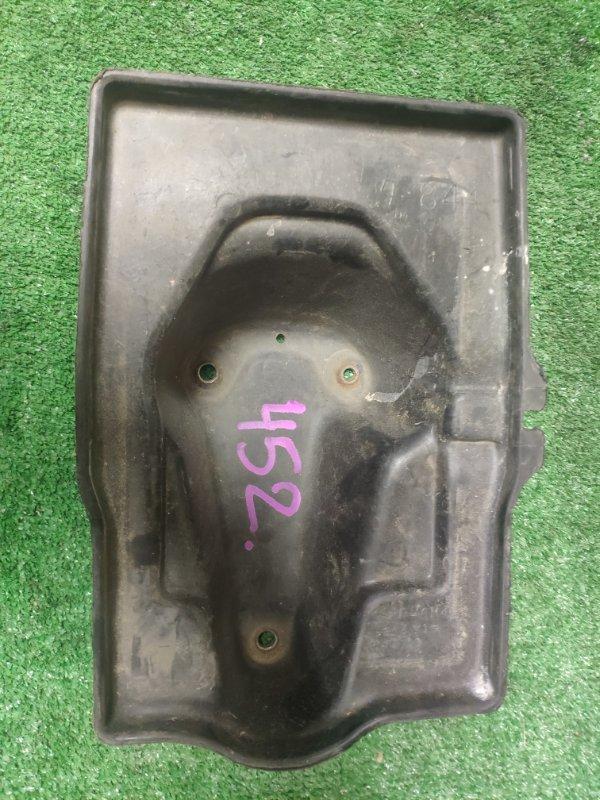 Крепление аккумулятора Toyota Crown SXS13 3S-FE
